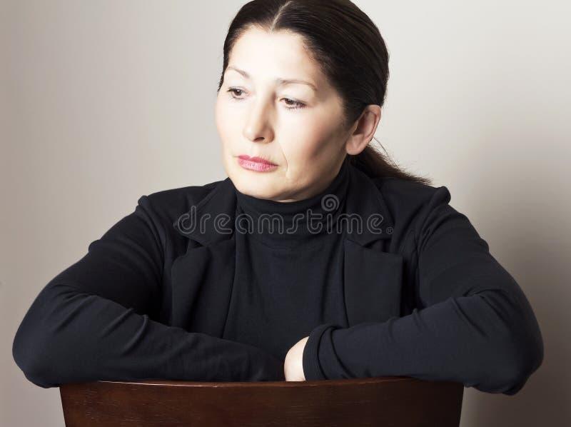 Портрет привлекательного возникновения азиата женщины стоковая фотография rf
