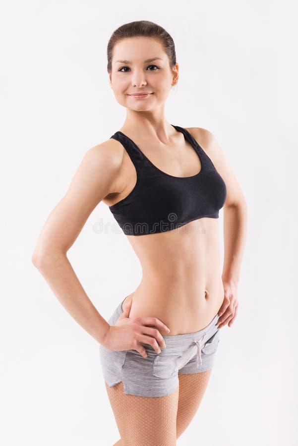 Портрет привлекательной женщины с красивым телом стоковое изображение