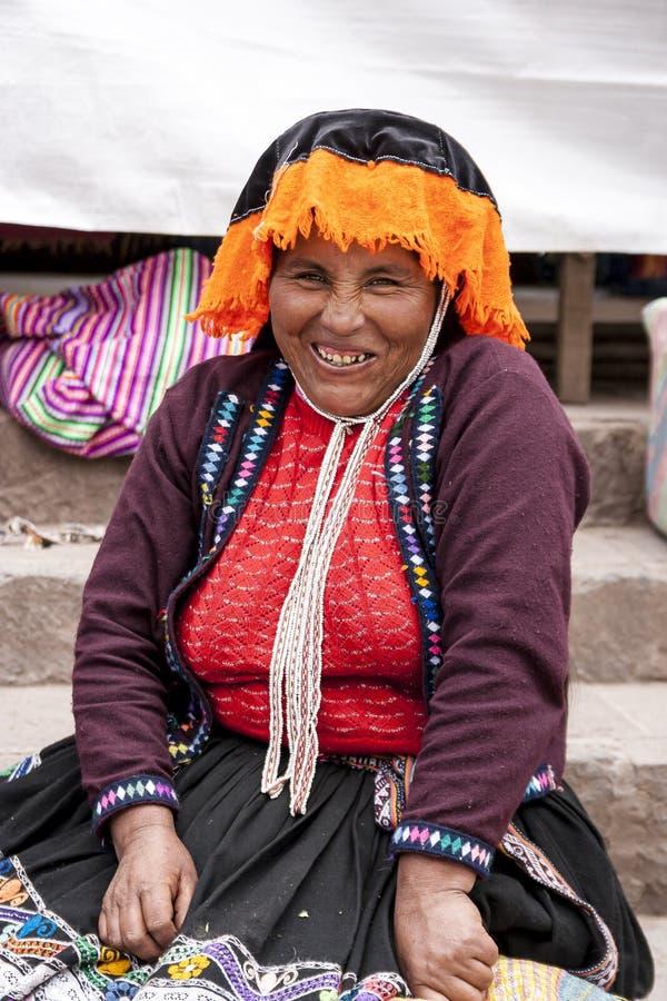 Портрет продавца местного рынка в Urubamba, Перу стоковые фотографии rf