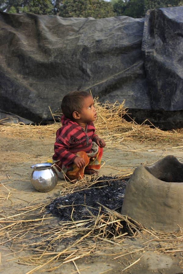 Портрет плохого маленького невиновного ребенк стоковая фотография rf