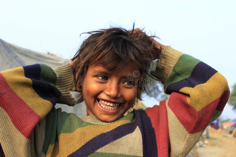 Портрет плохой маленькой невиновной девушки Момент вау стоковая фотография