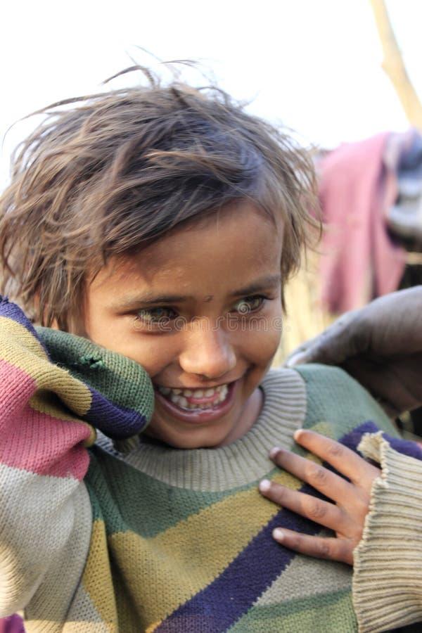 Портрет плохой маленькой невиновной девушки стоковая фотография rf