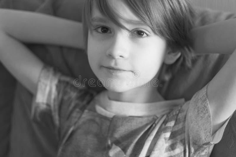 Портрет ребенка школьника стоковые изображения