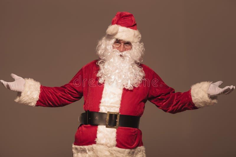 Портрет Санта Клауса приветствуя вас стоковые фото