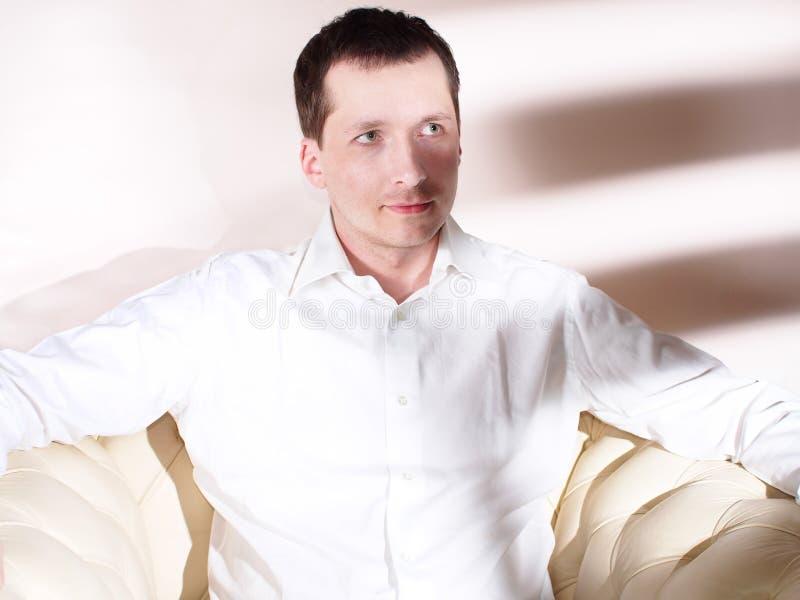 Портрет современного молодого человека стоковые изображения rf
