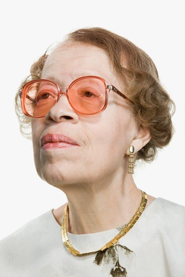 Портрет старшей взрослой женщины стоковое изображение rf