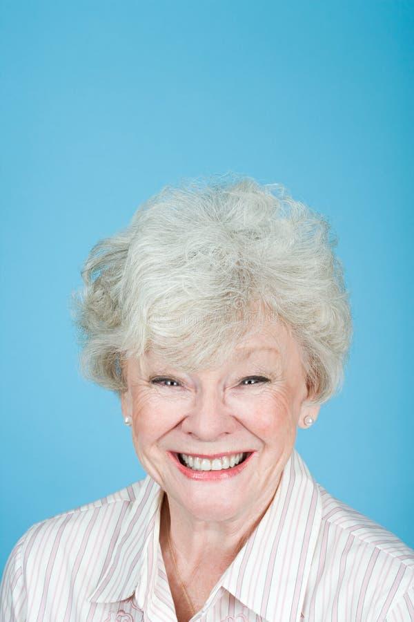 Портрет старшей взрослой женщины стоковое фото rf