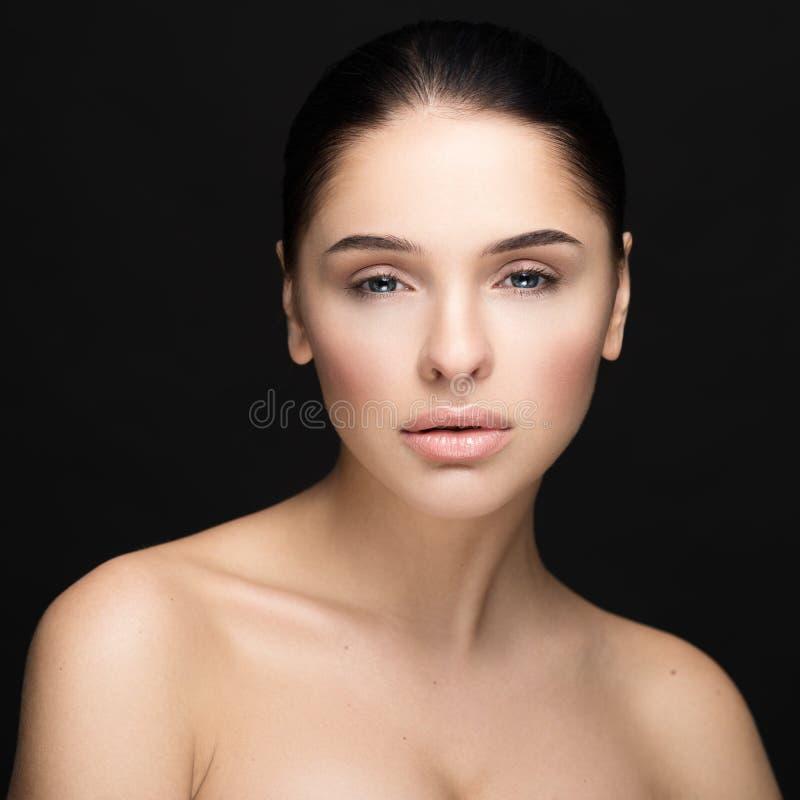 Портрет стороны женщины красоты стоковые изображения