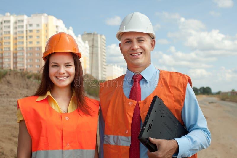 Портрет 2 строителей стоковое изображение rf