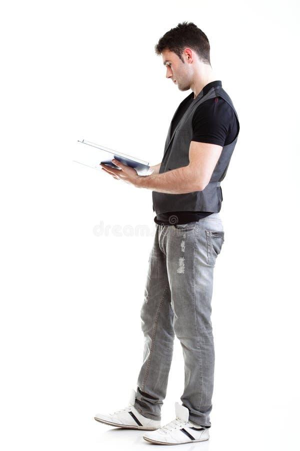 Портрет студента коллежа мыжского. Изолировано стоковое изображение rf