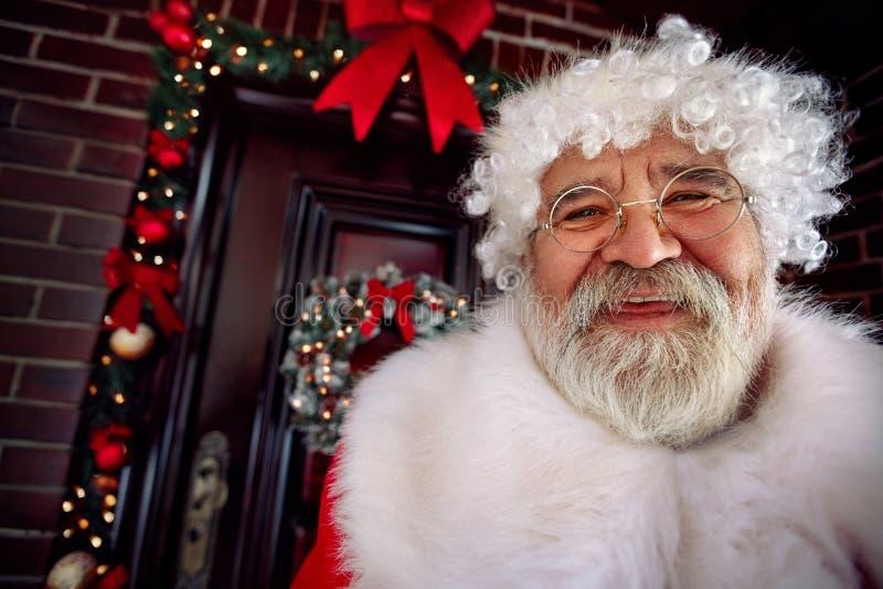 Портрет счастливого Санта Клауса стоковое изображение rf