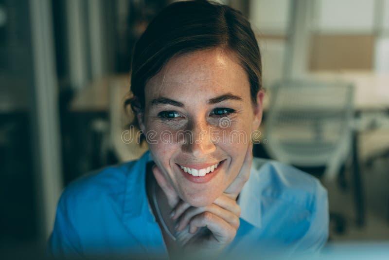 Портрет ся женщины стоковые изображения