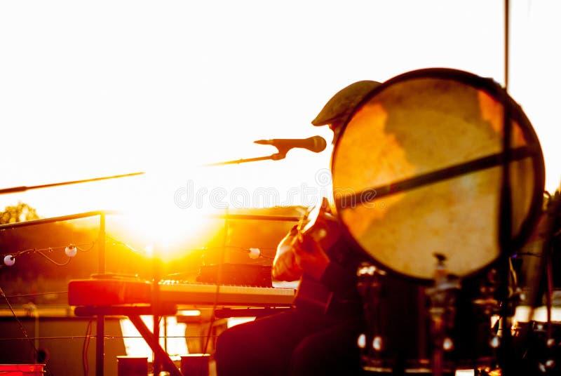 Портрет тени на барабане стоковые фотографии rf
