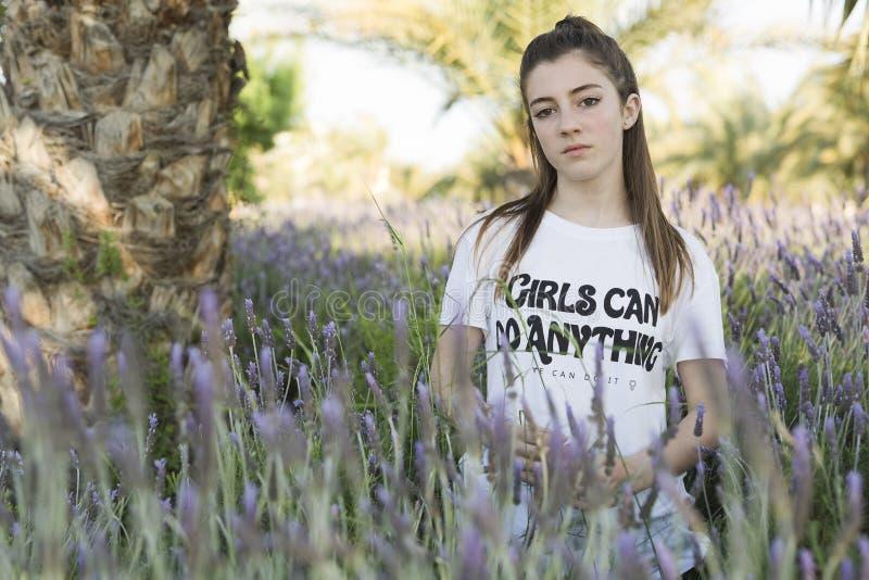 Портрет 15-ти летнего девочка-подростка стоковая фотография rf