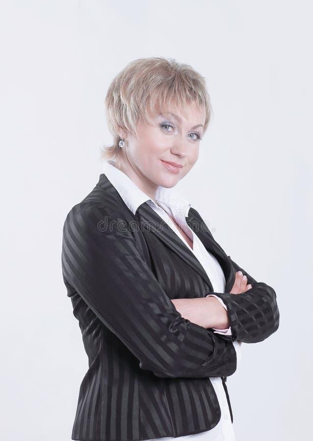 Портрет успешной бизнес-леди с составом в деле стиля стоковое изображение