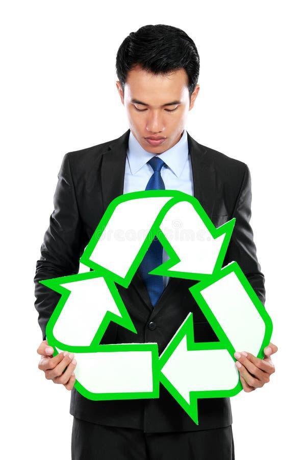 Download Портрет удерживания бизнесмена рециркулирует знак Стоковое Изображение - изображение насчитывающей человек, картон: 37928629