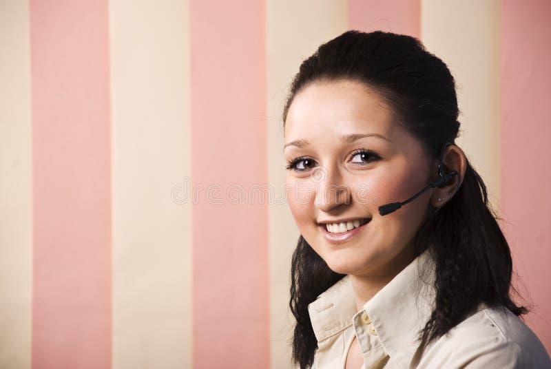 портрет центра телефонного обслуживания красотки стоковое фото rf