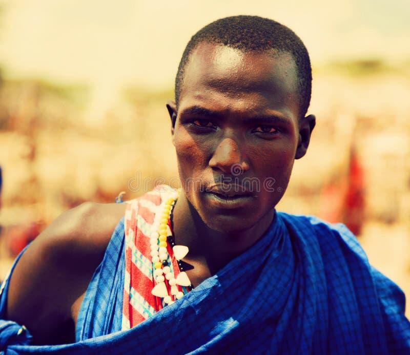Портрет человека Maasai в Танзания, Африке стоковые фото