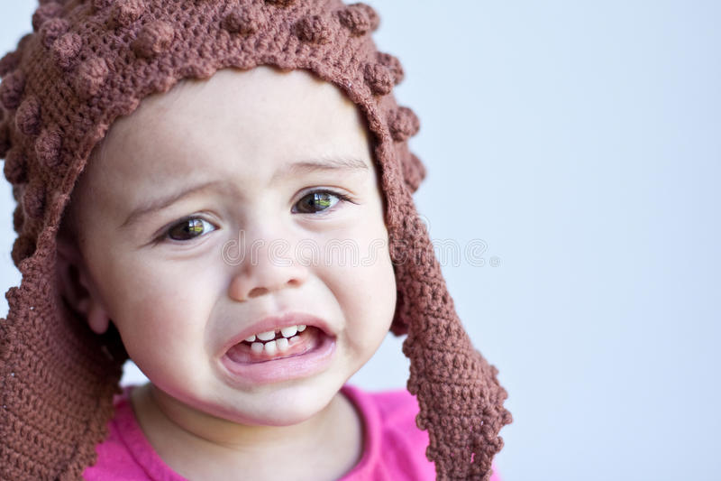 портрет 11 месяца ребёнка старый унылый стоковая фотография rf
