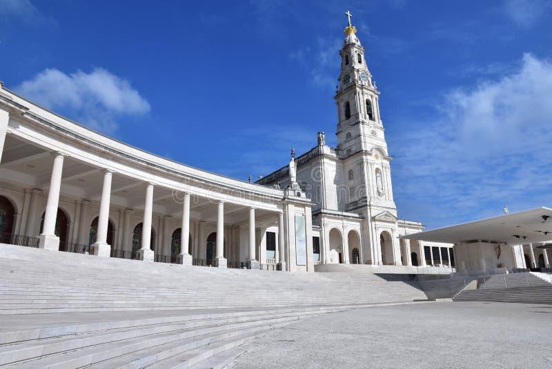 Португалия, Фатима, базилика Нотр-Дам de Rosaire стоковые изображения rf