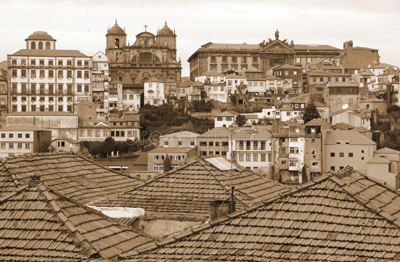 Португалия наведите douro конструкции города над рекой porto Португалии части вид с воздуха В тонизированном sepia ретро тип стоковое фото rf