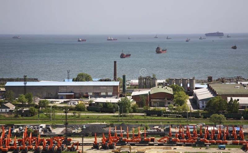Download Порт в Находке пурга Krai Primorsky Россия Редакционное Стоковое Фото - изображение: 55200728