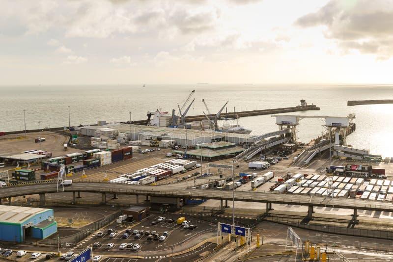 Порт Дувра в Кенте Великобритании стоковые изображения rf