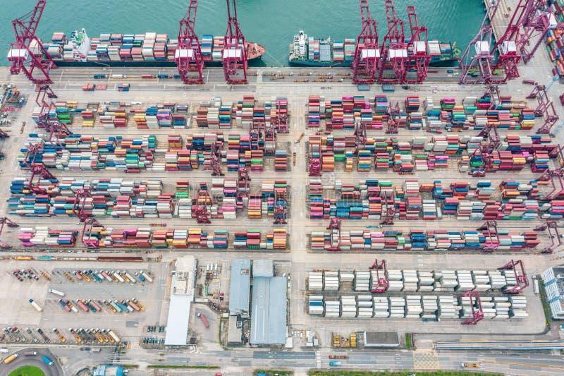 Порт контейнера и груза в Гонконге Терминал торговлей и переходом стоковое фото