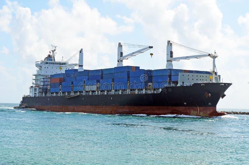 Порт контейнеровоза причаливая Майами стоковые изображения rf