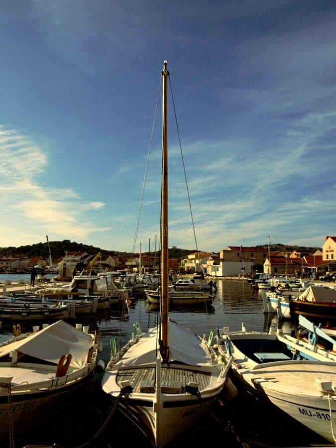 Порт, Марина, много, шлюпки, остров, жизнь, море, шлюпка, красота стоковые изображения