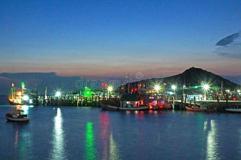 Порт рыбацкой лодки на провинции Rayong, Таиланде, мае 2019 стоковые изображения