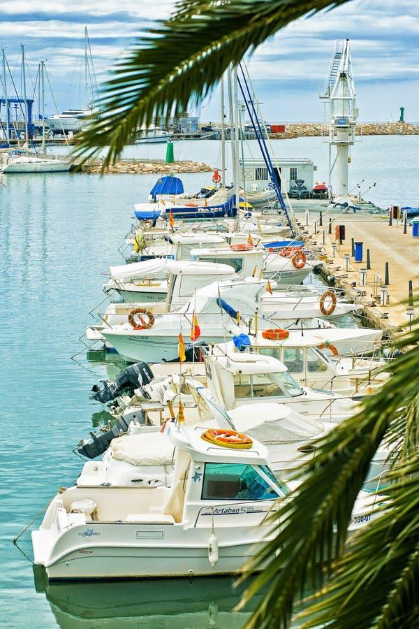 порт Cambrils, Косты Dorada, Испании стоковое изображение