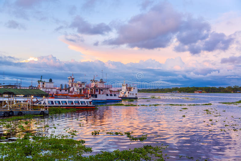 Порт Iquitos, Перу стоковые изображения