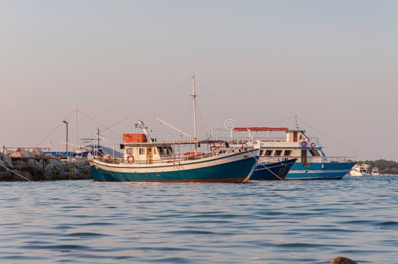 Порт Sostis ажио на заходе солнца стоковое изображение rf