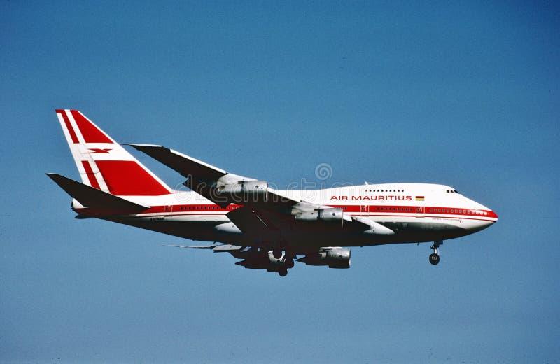 Посадка Маврикия Боинга B-747SP воздуха после длинного полета от Нью-Йорка стоковые изображения rf