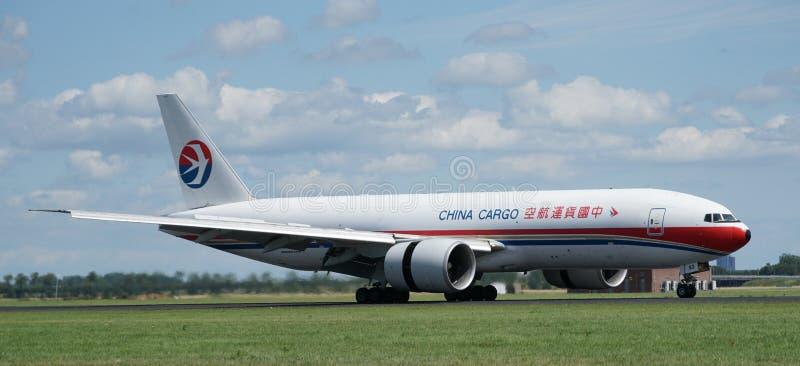 Посадка самолета груза Китая стоковые фото