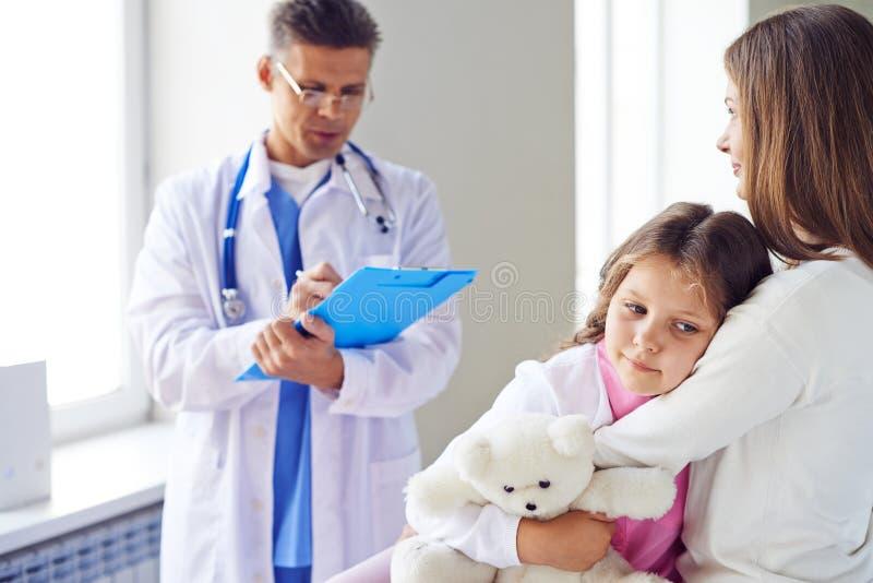 Посещая доктор стоковое изображение rf