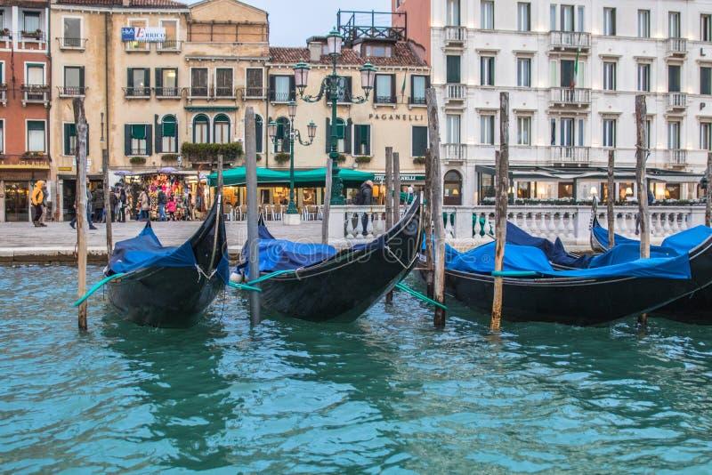 Посещение Венеции когда туристы нет там стоковое изображение rf
