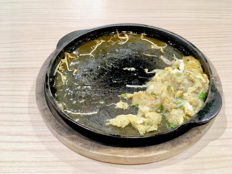 После еды Шевелить-зажаренной устрицы с ростком фасоли стоковое изображение