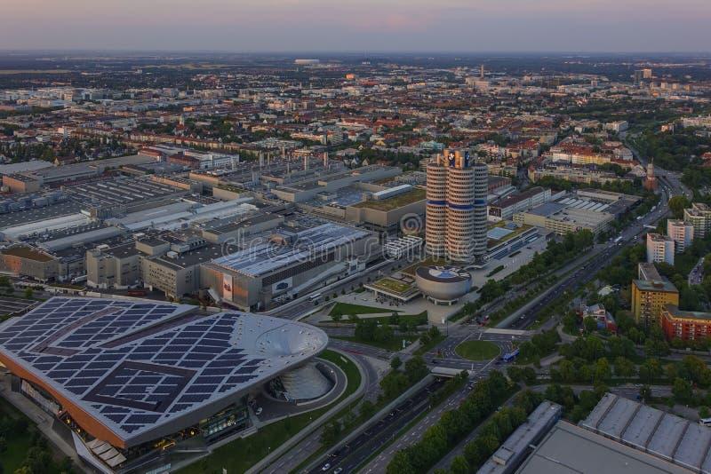 Посмотрите Мюнхен и штабы BMW стоковое фото rf