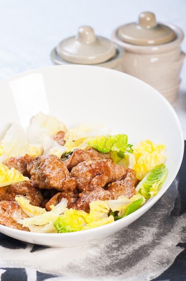 Посоленный цыпленок яичного желтка стоковое фото