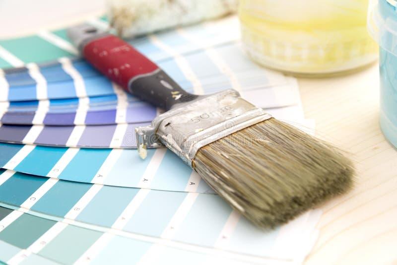 Поставки гида и картины цветовой палитры, кисти и col стоковые фото