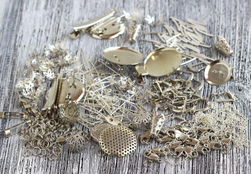 Поставки для ювелирных изделий серебра стоковые изображения rf