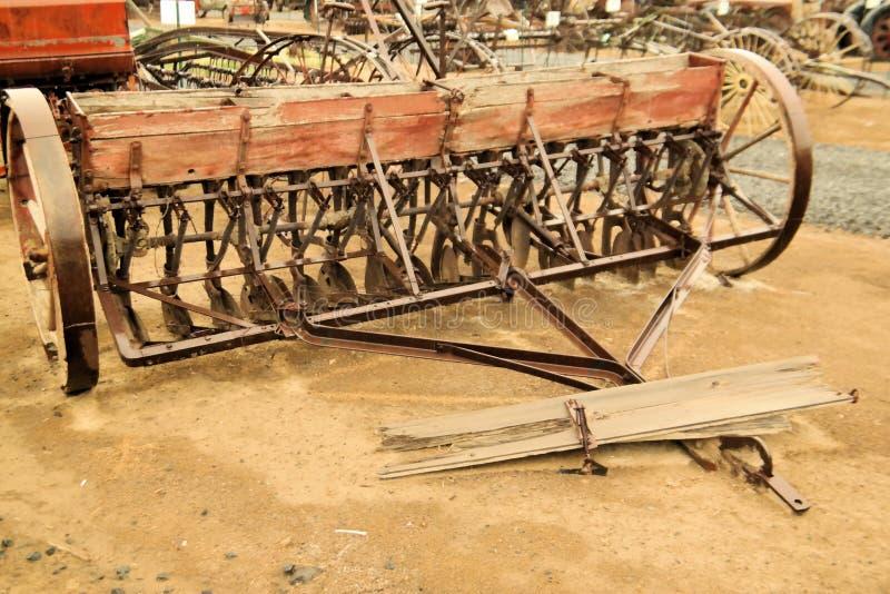 Постаретое сельскохозяйственное оборудование стоковые изображения