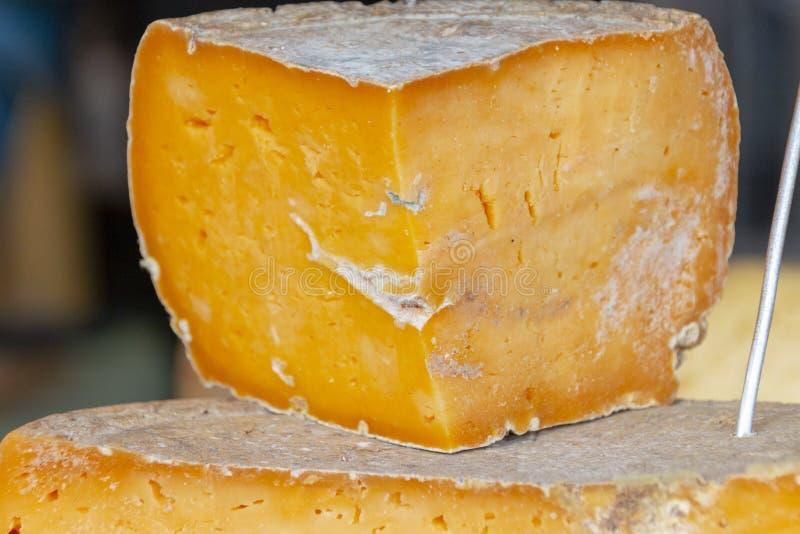 Постаретый сыр чеддера стоковое фото rf