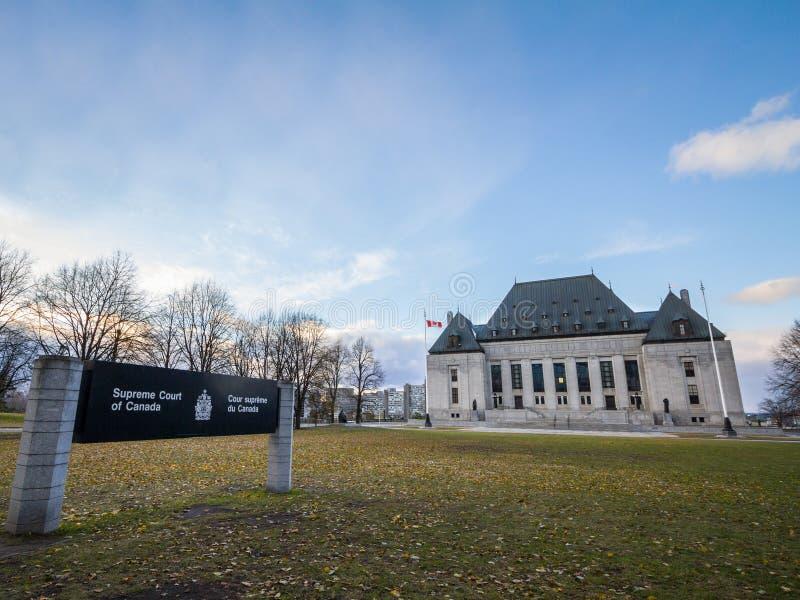 Построение Верховного Суда Канады, в Оттаве, Онтарио Также как SCOC, самое высокое тело правосудия Канады стоковые фотографии rf