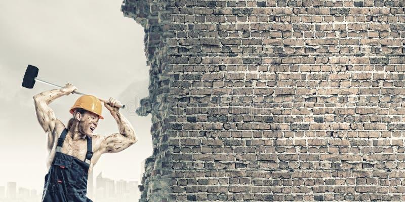 Download Построитель человека стоковое изображение. изображение насчитывающей избежание - 41650947