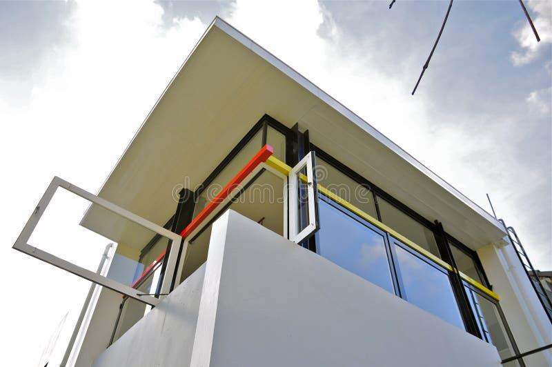 Последних этажей дома Rietveld Schröder 1923-1924) (, угловое окно открытое стоковые изображения rf