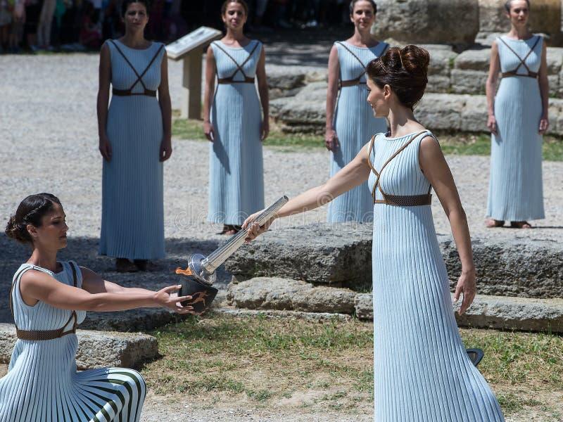 Последняя репетиция церемонии освещения пламени для стоковое изображение