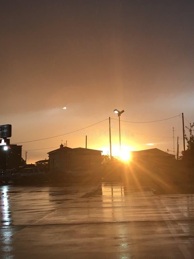 После полудня дождя Солнця стоковые фотографии rf